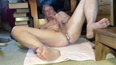 masturbating.....daddy.......using an aneros